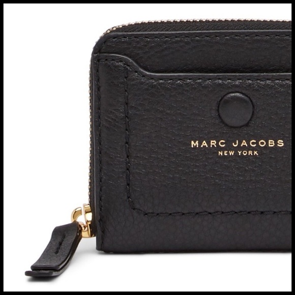 80cfee115a06 Marc Jacobs Bags | Empire City Black Leather Zip Wallet | Poshmark